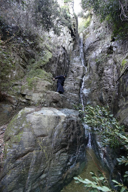 12579 - Αγιορείτικες φυσικές ομορφιές. Φωτογραφικό ταξίδι σε καταρράκτη κοντά στο Βατοπαίδι - Φωτογραφία 32