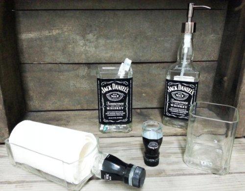 ΚΑΤΑΣΚΕΥΕΣ - Φτιάξε ένα δοχείο για σαπούνι από μπουκάλι Jack Daniel's - Φωτογραφία 6