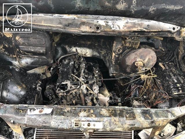 Κάηκε ολοσχερώς φορτηγό με κοτόπουλα στην Αμφιλοχία - [ΦΩΤΟ] - Φωτογραφία 8