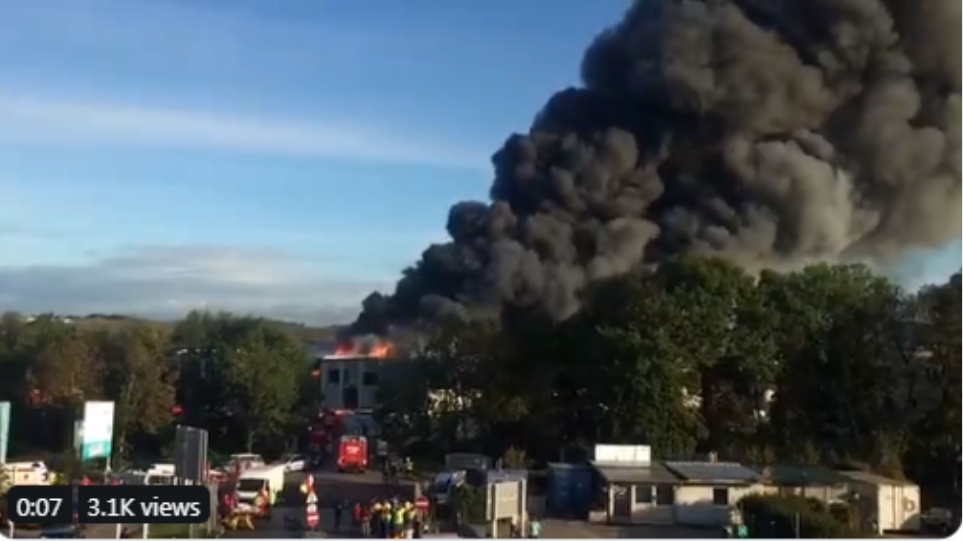 Αυστρία: Έκρηξη κοντά στο αεροδρόμιο του Λιντς - Φωτογραφία 1