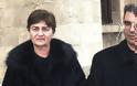 Τους εκπαιδευτικούς γονείς της δολοφονημένης φοιτήτριας Ελένης Τοπαλούδη, επισκέφθηκε η υφυπουργός Παιδείας Σοφία Ζαχαράκη