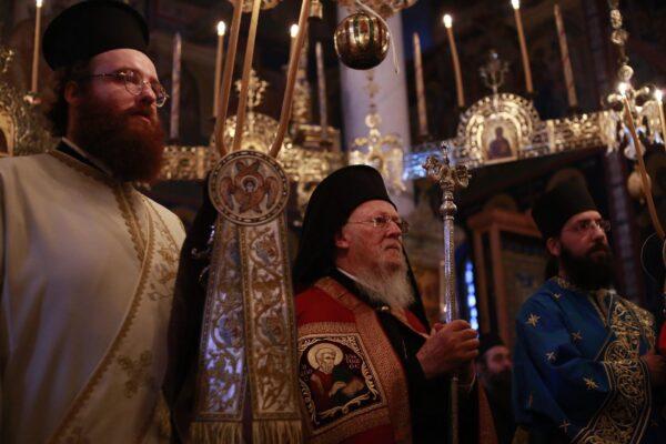 12628 - Η Θεία Λειτουργία ιερουργούντος του Οικουμενικού Πατριάρχη στην Αθωνική Πολιτεία- Στιγμές κατάνυξης και ψυχικής αγαλλίασης (φωτογραφίες) - Φωτογραφία 3