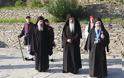 12630 - Φθάνουν οι Ηγούμενοι και Αντιπρόσωποι των Μονών στις Καρυές για την Επίσημη Υποδοχή του Πατριάρχη - Φωτογραφία 2