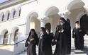 12630 - Φθάνουν οι Ηγούμενοι και Αντιπρόσωποι των Μονών στις Καρυές για την Επίσημη Υποδοχή του Πατριάρχη - Φωτογραφία 8