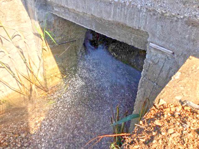 Σοβαρή και μεγάλη η βλάβη στον αγωγό ύδρευσης του ΑΣΤΑΚΟΥ - Έχει διατεθεί υδροφόρα να προμηθευτούν τα νοικοκυριά νερό - [ΦΩΤΟ-ΒΙΝΤΕΟ] - Φωτογραφία 1