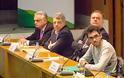 Ηλίας Μόσιαλος: Η χώρα μας διαθέτει αξιόλογα στελέχη στην Υγεία, αλλά οι επιλογές γίνονται με κομματικά κριτήρια - Φωτογραφία 3