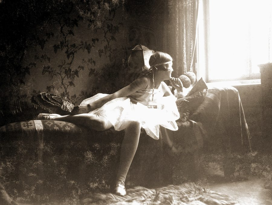 Η ερωμένη του Διαβόλου! Όσο μίσησε ολόκληρη η ανθρωπότητα τον Αδόλφο Χίτλερ, τόσο τον αγάπησε η Εύα Μπράουν - Φωτογραφία 1