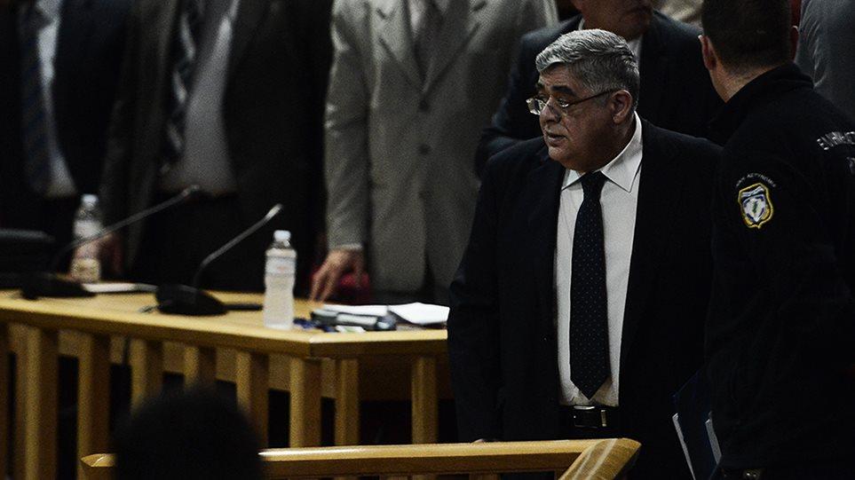 Δίκη Χρυσής Αυγής: Ένταση στην απολογία του Μιχαλολιάκου - Φωτογραφία 1