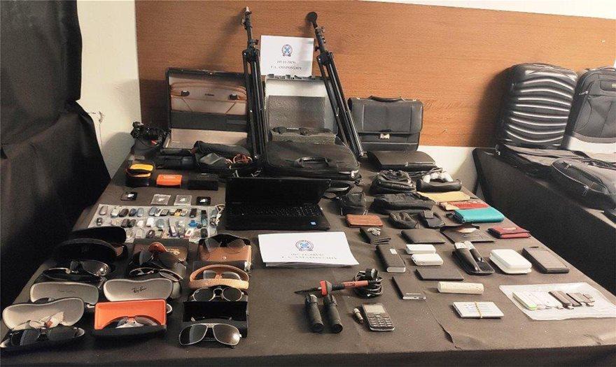 Παλλήνη: Συνελήφθη επ' αυτοφώρω διαρρήκτης αυτοκινήτων ετών 73! - Φωτογραφία 3
