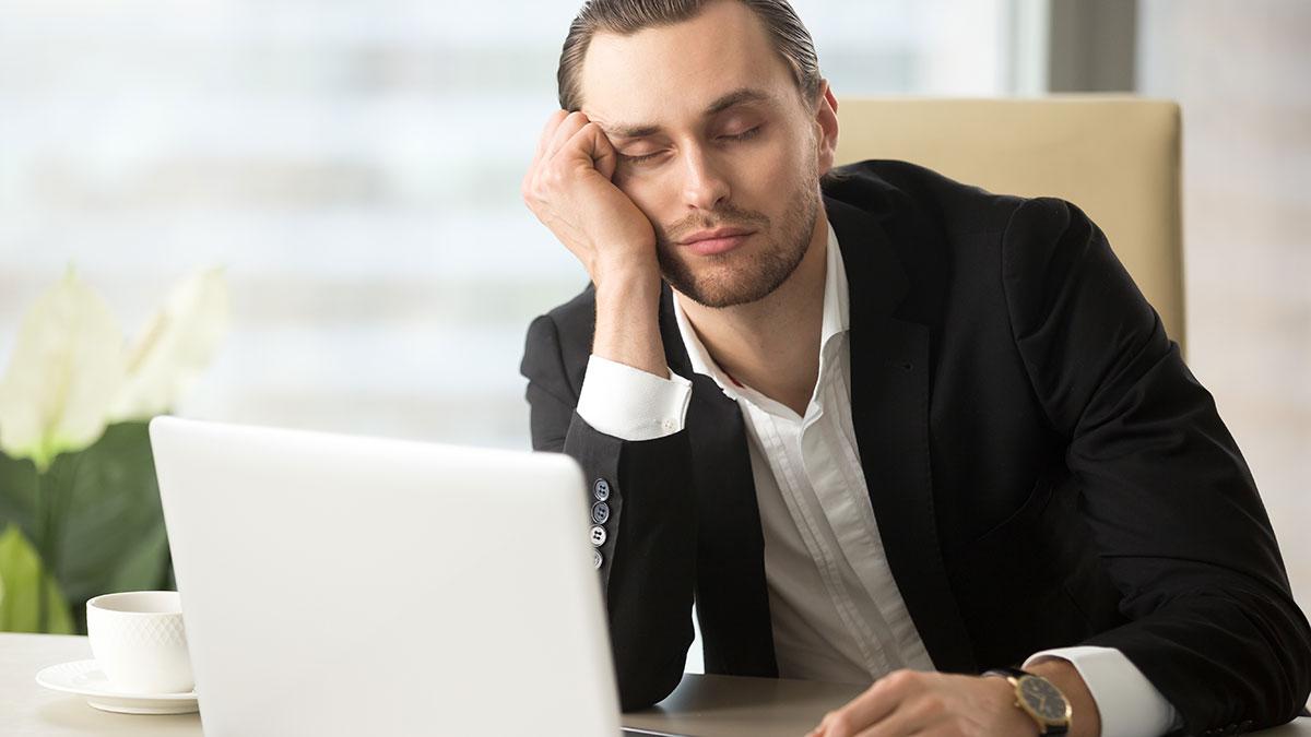 Υπνηλία: Να γιατί κλείνουν τα μάτια μας στη διάρκεια της ημέρας - Φωτογραφία 1