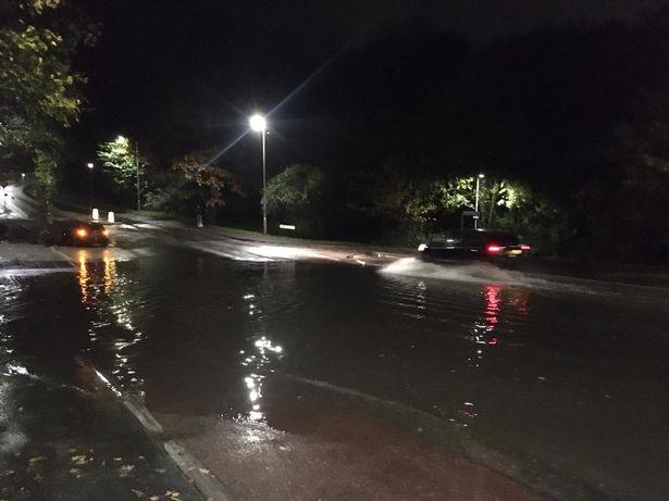 Βροχή ενός μήνα έπεσε μέσα σε 24 ώρες - Μια γυναίκα νεκρή - Φωτογραφία 2