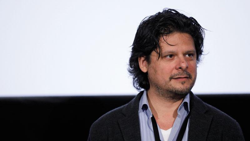 Λευτέρης Χαρίτος: Ο σκηνοθέτης από τις ΑΓΡΙΕΣ ΜΕΛΙΣΣΕΣ μιλά για την επιτυχία της σεζόν - Φωτογραφία 1