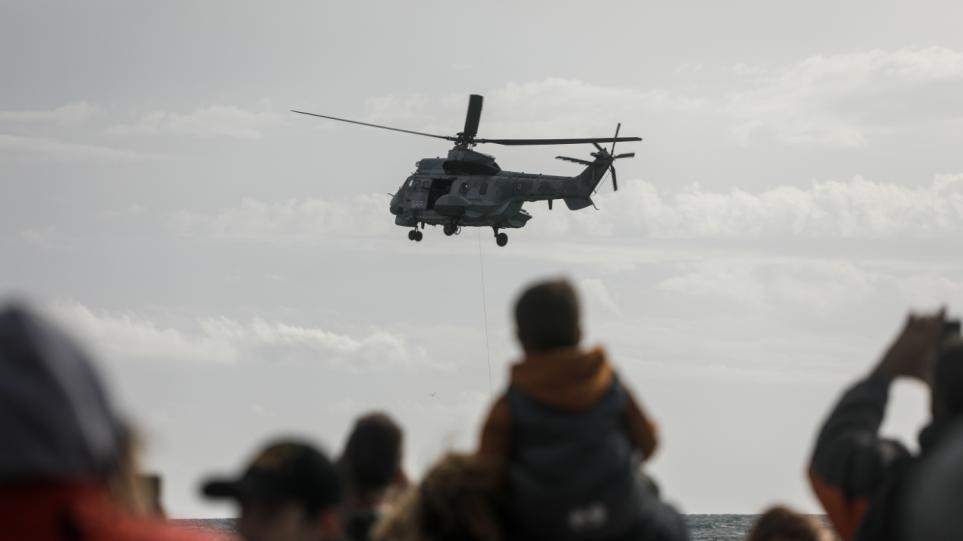 φωτος: Μαχητικά αεροσκάφη και ελικόπτερα στον ουρανό της Αθήνας-Ναυπλίον - Φωτογραφία 1