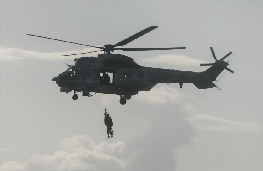 φωτος: Μαχητικά αεροσκάφη και ελικόπτερα στον ουρανό της Αθήνας-Ναυπλίον - Φωτογραφία 2