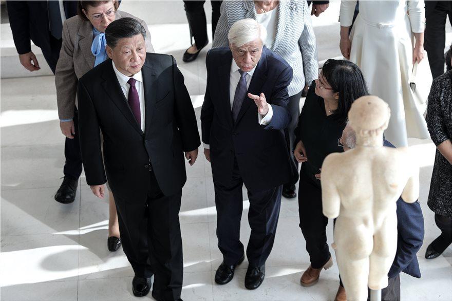 Διεθνή ΜΜΕ για την επίσκεψη του Σι Τζινπίνγκ: Με δώρα ο Κινέζος πρόεδρος στην Ελλάδα - Φωτογραφία 4
