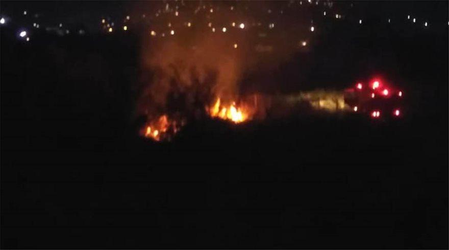 Μαραθώνας: Υπό έλεγχο η φωτιά που ξέσπασε σε δύσβατο σημείο - Φωτογραφία 4
