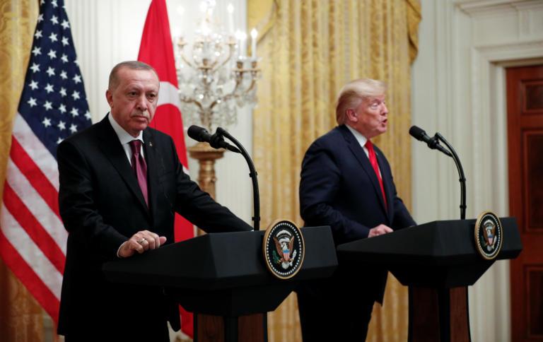 """Τραμπ – Ερντογάν: Μετά τα """"μέλια"""" ήρθαν τα… φαρμάκια – """"Χώσιμο"""" για Γκιουλέν, S-400, Αρμενία - Φωτογραφία 1"""
