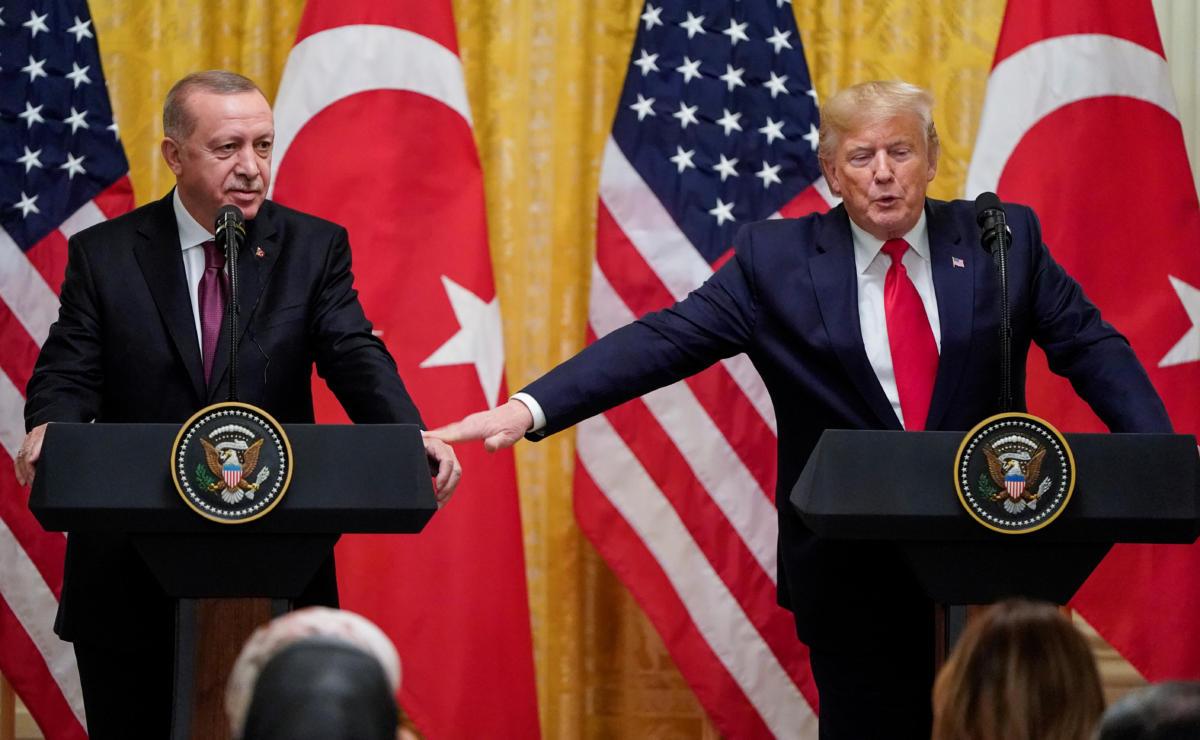 """Τραμπ – Ερντογάν: Μετά τα """"μέλια"""" ήρθαν τα… φαρμάκια – """"Χώσιμο"""" για Γκιουλέν, S-400, Αρμενία - Φωτογραφία 2"""