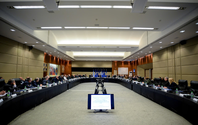 Σύσκεψη ΥΦΕΘΑ Αλκιβιάδη Στεφανή με το Συντονιστικό Συμβούλιο των τριών Ενώσεων Αποστράτων Αξιωματικών Ενόπλων Δυνάμεων - Φωτογραφία 2
