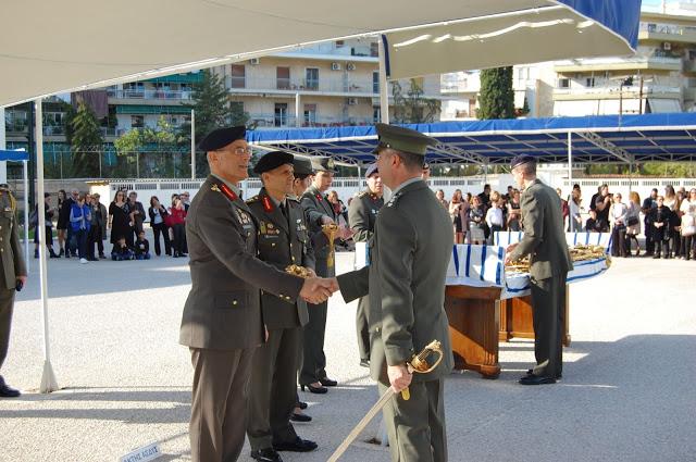 Απονομή Ξιφών από τον Αρχηγό ΓΕΣ σε Αξιωματικούς του Στρατού Ξηράς - Φωτογραφία 1