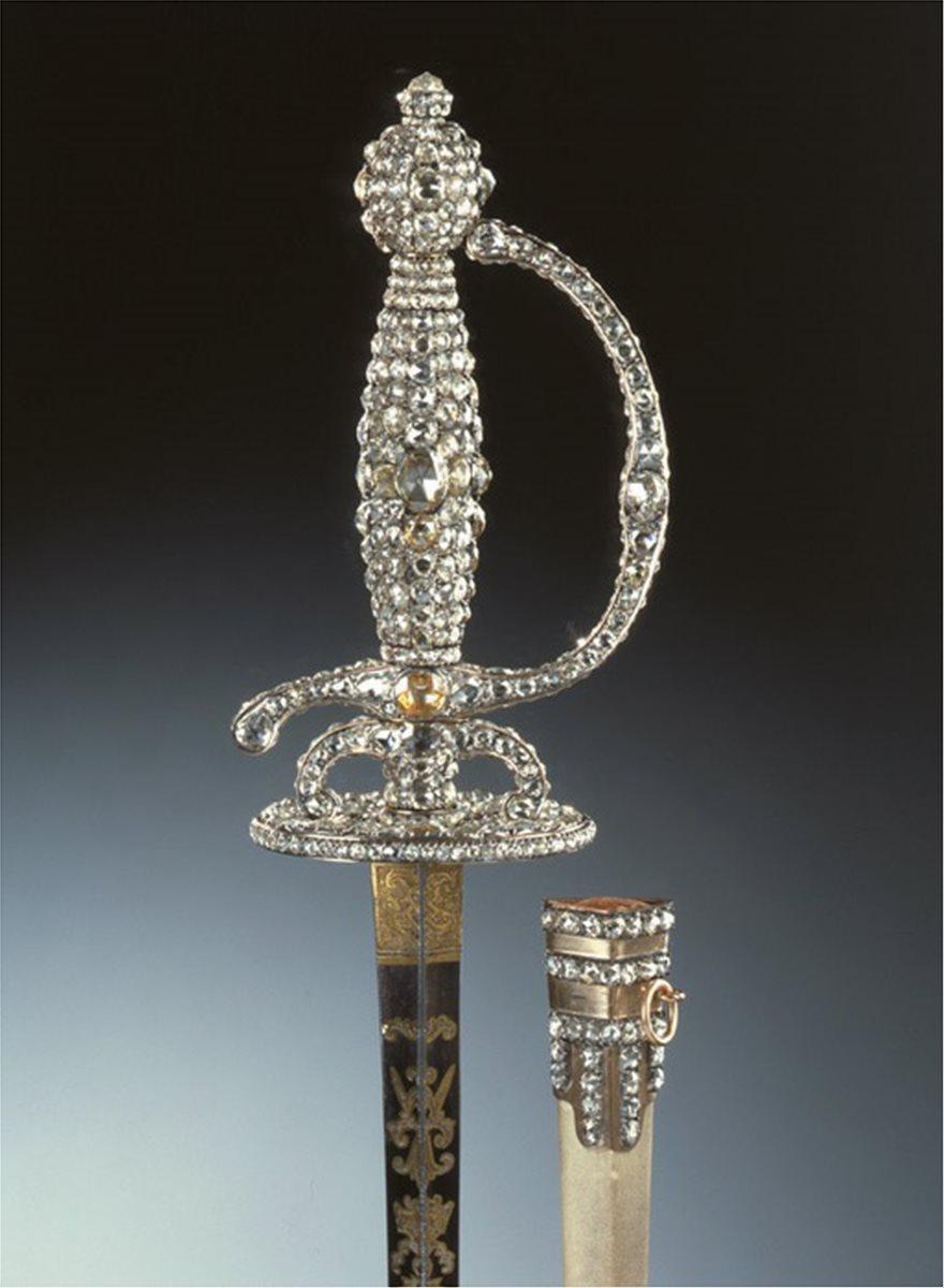 Ληστεία στο μουσείο της Δρέσδης: Το μεγάλο κόλπο με τα διαμάντια - Φωτογραφία 4