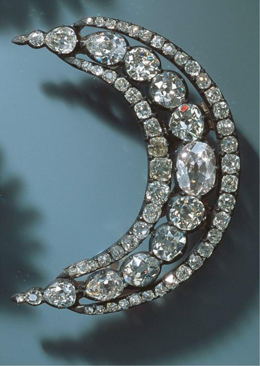 Ληστεία στο μουσείο της Δρέσδης: Το μεγάλο κόλπο με τα διαμάντια - Φωτογραφία 6