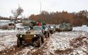Όλοι οι στρατιωτικοί της 16ης Μεραρχίας στα χιόνια. Νυχτερινή επικοινωνία του Α/ΓΕΣ Καμπά με μονάδες και φυλάκια της πρώτης γραμμής - Φωτογραφία 2