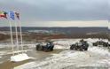 Όλοι οι στρατιωτικοί της 16ης Μεραρχίας στα χιόνια. Νυχτερινή επικοινωνία του Α/ΓΕΣ Καμπά με μονάδες και φυλάκια της πρώτης γραμμής - Φωτογραφία 4