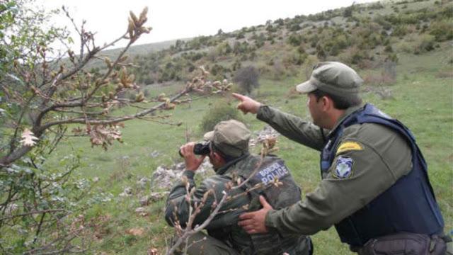 Κοινές περιπολίες Στρατού - Αστυνομίας - Λιμενικού για το προσφυγικό παρά τις δηλώσεις Στεφανή - Φωτογραφία 1