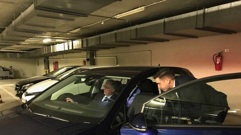 Βουλή: «Πίστα δοκιμών» το πάρκινγκ για τα νέα ηλεκτροκίνητα ΙΧ - Δείτε φωτος - Φωτογραφία 1