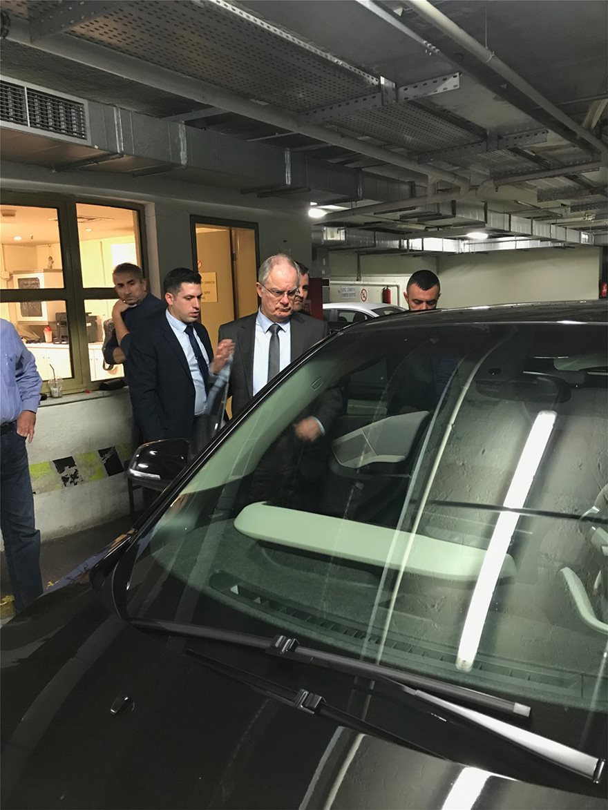 Βουλή: «Πίστα δοκιμών» το πάρκινγκ για τα νέα ηλεκτροκίνητα ΙΧ - Δείτε φωτος - Φωτογραφία 6