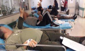 Εικόνες σοκ και πάλι στην εφημερία του Αττικόν! Διασωληνωμένοι ασθενείς αντί για ΜΕΘ νοσηλεύονται σε απλό θάλαμο - Φωτογραφία 3