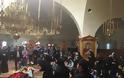12873 - Η Αριζόνα αποχαιρετά σε λίγη ώρα τον μακαριστό Γέροντα Εφραίμ - Πλήθος πιστών απ' όλη την οικουμένη προσκυνά το σκήνωμα του