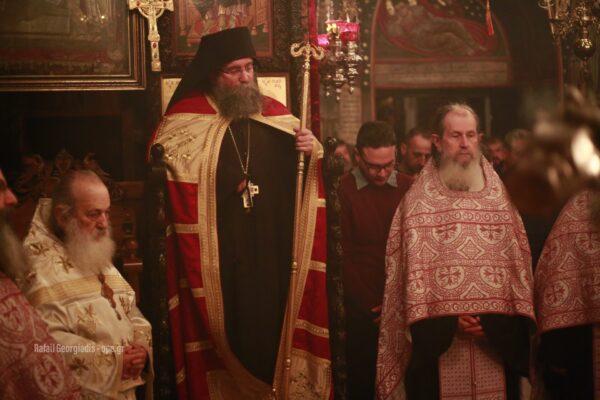 13021 - Στιγμές κατάνυξης στην Ιερά Μονή Καρακάλλου - Τί είχε πει ο Μακαριστός Γέροντας Εφραίμ για την Ελλάδα - Φωτογραφία 2