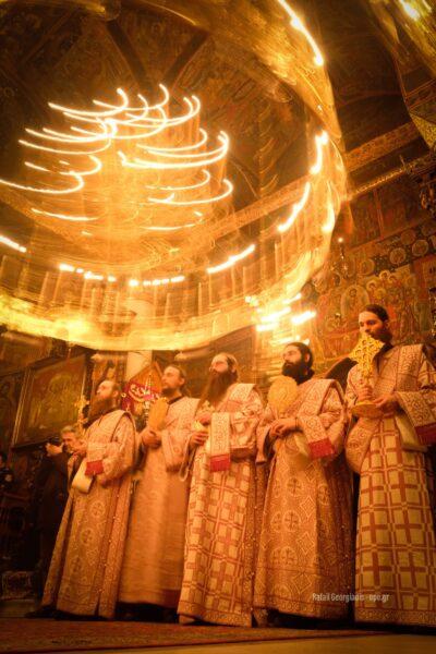13021 - Στιγμές κατάνυξης στην Ιερά Μονή Καρακάλλου - Τί είχε πει ο Μακαριστός Γέροντας Εφραίμ για την Ελλάδα - Φωτογραφία 9