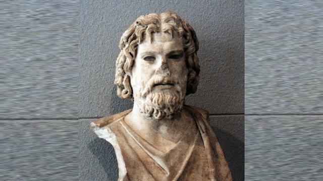 ΑΜΦΙΚΤΙΟΝΙΑ ΑΚΑΡΝΑΝΩΝ: Το σπουδαίο άγαλμα ο Θεός Άδης που βρέθηκε στη ΒΟΝΙΤΣΑ και κατέληξε στο μουσείο της Γενεύης (Ελβετία)! - Φωτογραφία 1