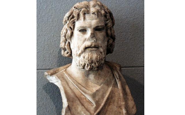 ΑΜΦΙΚΤΙΟΝΙΑ ΑΚΑΡΝΑΝΩΝ: Το σπουδαίο άγαλμα ο Θεός Άδης που βρέθηκε στη ΒΟΝΙΤΣΑ και κατέληξε στο μουσείο της Γενεύης (Ελβετία)! - Φωτογραφία 3