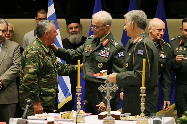 Κοπή Πρωτοχρονιάτικης πίτας του Γενικού Επιτελείου Στρατού - Φωτογραφία 6