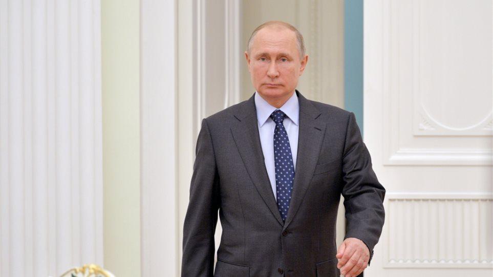 Ο Πούτιν ζητά συνταγματικές αλλαγές για να αποδυναμώσει τον διάδοχό του - Φωτογραφία 1