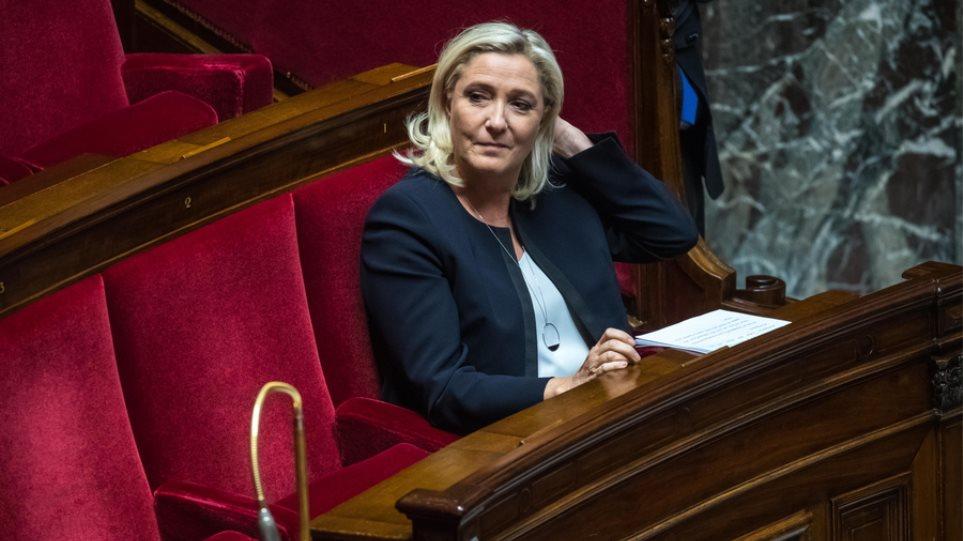 Η Μαρίν Λεπέν ανακοίνωσε την υποψηφιότητά της - Φωτογραφία 1