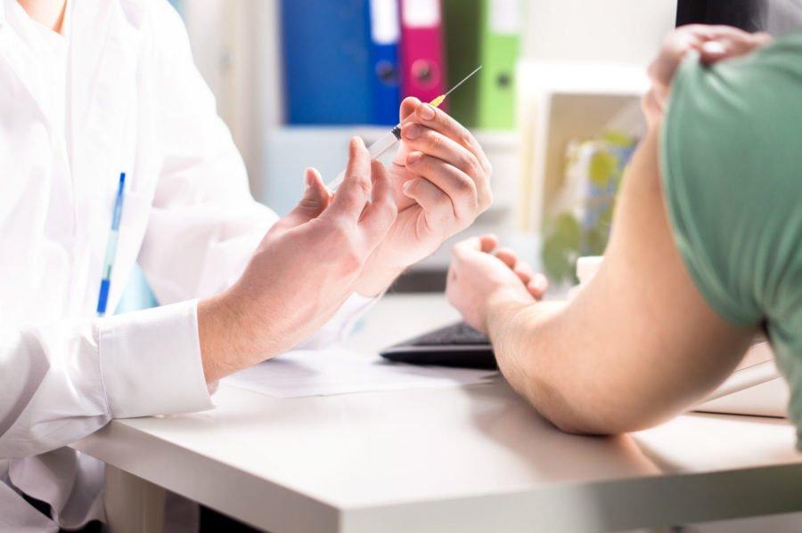 Με μεγάλη συμμετοχή η πιστοποίηση των φαρμακοποιών για τον εμβολιασμό - Φωτογραφία 1