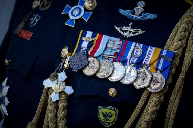 Συγχαρητήρια! Απονομή μεταλλίων σε στελέχη του Στρατού Ξηράς. Όλα τα ονόματα - Φωτογραφία 1