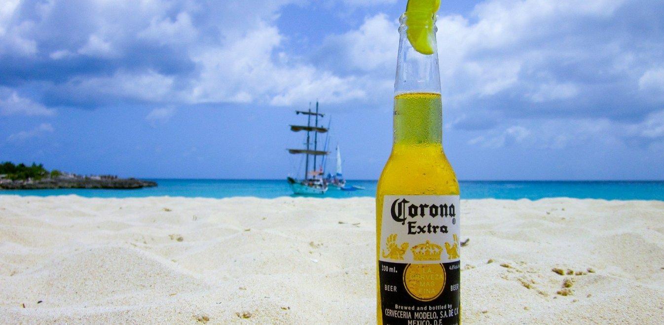 Φρενίτιδα στο διαδίκτυο: Nομίζουν πως ο κοροναϊός μεταδίδεται από την μπύρα Corona - Φωτογραφία 1