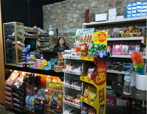 ΑΜΦΙΚΤΙΟΝΙΑ ΑΚΑΡΝΑΝΩΝ: Ταξίδι στο χρόνο με μια παλιά Διαφήμιση στη ΒΟΝΙΤΣΑ -Το θρυλικό μαγαζί του μπάρμπα-Θόδωρου Καψάλη! - Φωτογραφία 7