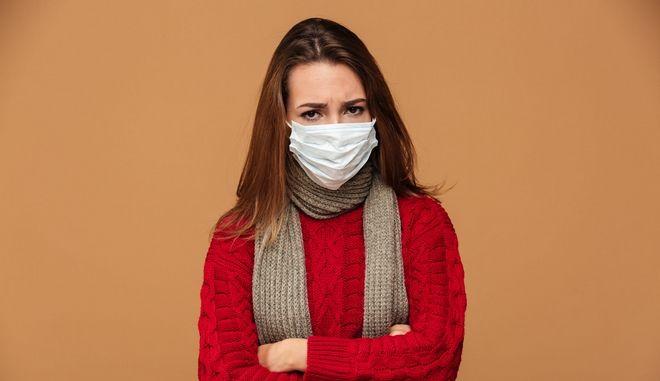 Μας προστατεύει η χειρουργική μάσκα από τον ιό της γρίπης; - Φωτογραφία 1
