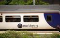 Καν' το αντίθετα από την Ελλάδα: Το Λονδίνο κρατικοποιεί σιδηροδρόμους της βόρειας Αγγλίας