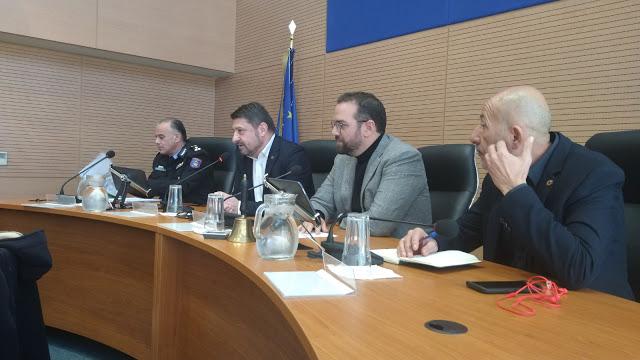 Σε θετικό κλίμα η σύσκεψη υπό την προεδρία, Νίκου Χαρδαλιά - Καταγραφή της κατάστασης προκειμένου να δρομολογηθούν οι αναγκαίες προσλήψεις και προμήθειες - Φωτογραφία 2