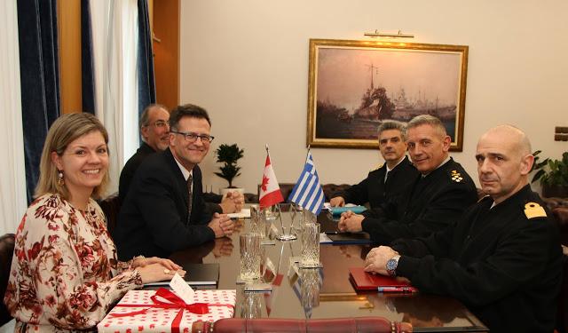 Συνάντηση Αρχηγού ΓΕΕΘΑ με τον Πρέσβη του Καναδά - Φωτογραφία 2
