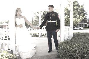 Το «γαμήλιο δώρο του ΓΕΣ»! Ιστορία κλαυσίγελως για ένα ζευγάρι Υπαξιωματικών! - Φωτογραφία 1