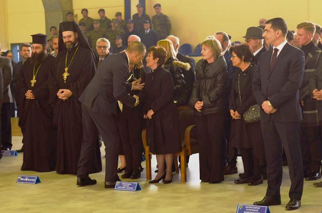 Τελετή Επαναπατρισμού Λειψάνων Έλληνα Αγωνιστή στην Κύπρο παρουσία ΥΦΕΘΑ Αλκιβιάδη Στεφανή - Φωτογραφία 4